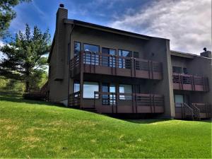 441 Lockhart Mountain Road, Lake George, NY 12845
