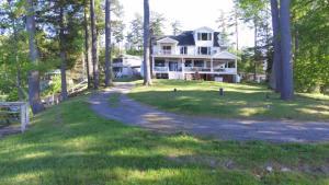 27 Antigua Road, Lake George, NY 12845