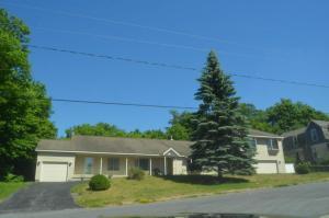 70 Champlain Avenue, Ticonderoga, NY 12883