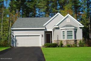 8 Wedgewood Drive, South Glens Falls Vlg, NY 12803